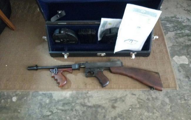 СБУшники задержали одессита, который пытался торговать оружием через интернет
