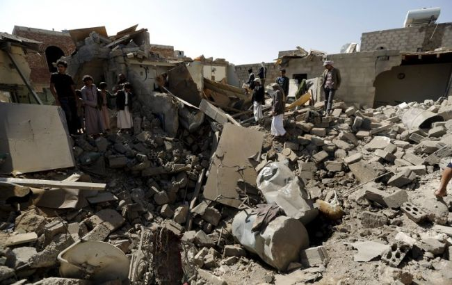 Фото: последствия авиаудара в Йемене (rian.com.ua)