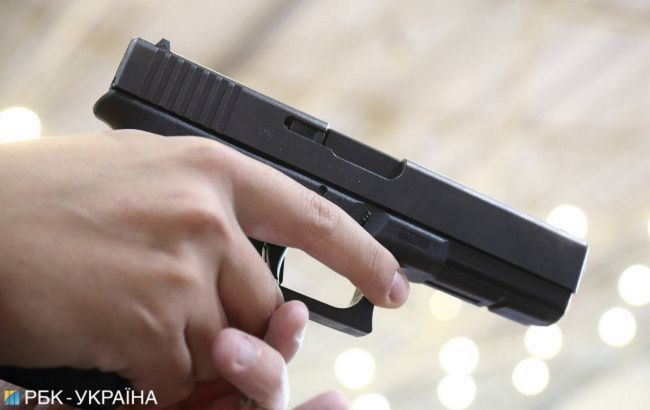 У центрі Тбілісі сталася перестрілка, в хлопця вистрілили дев'ять разів