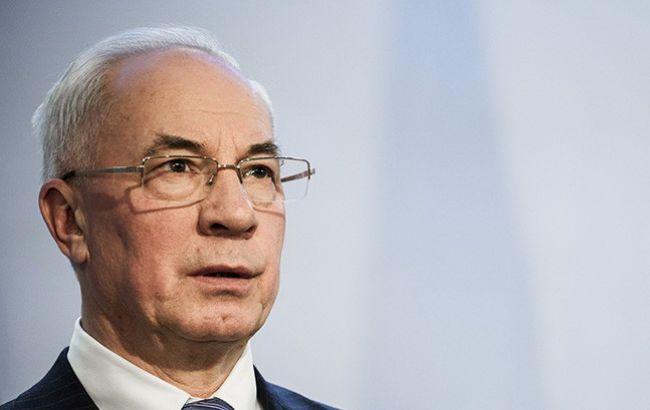 Фото: Николай Азаров обещает вернуться в Украину
