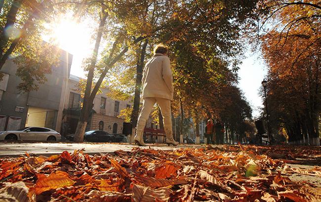 Будет много солнца: синоптик дала благоприятный прогноз погоды на Покров