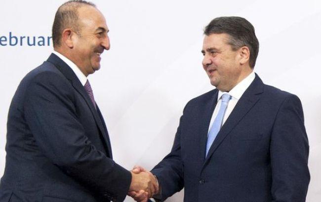 Німеччині і Туреччині слід відновлювати дружні відносини, - Ґабріель