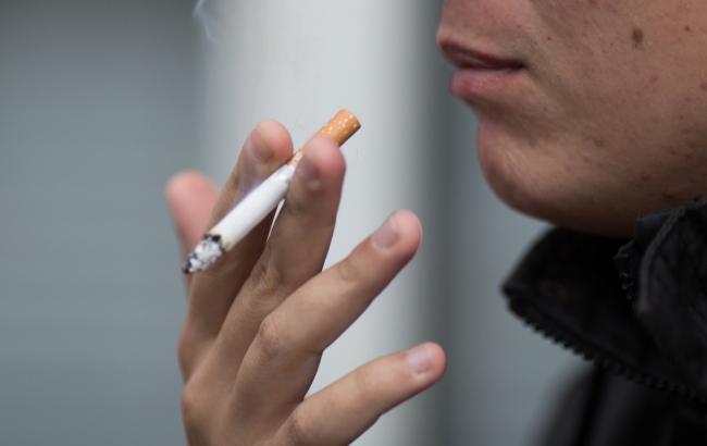 Многие табачные компании продолжают занижать цены на сигареты, - СМИ