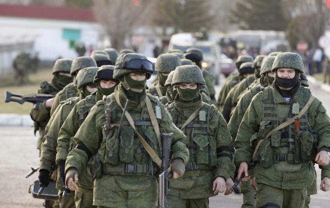 Фото: російські військові в окупованому Криму