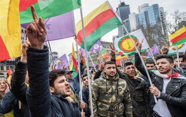 Около 30 тыс. курдов вышли надемонстрацию против президента Турции воФранкфурте