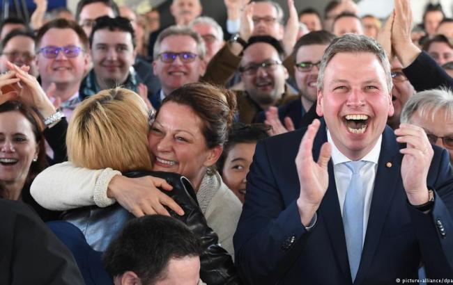 Ангела Меркель довольна результатами выборов впарламент земли