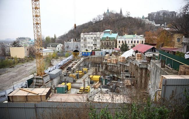 Стройплощадка на участке Андреевский спуск, 14-16 (фото: РБК-Украина)