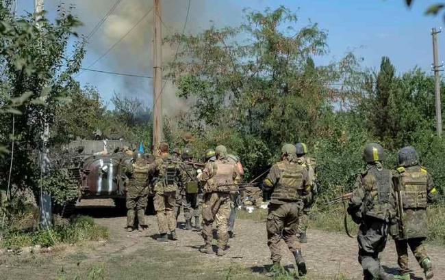 Фото: силы АТО под Иловайском
