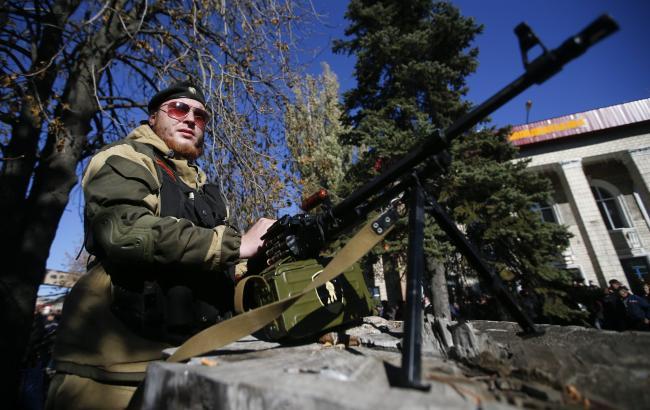 Сили АТО відбили атаки бойовиків під Красногорівкою і Лозовим, - штаб