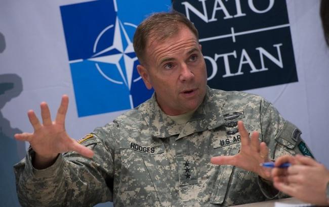 Командувач американськими силами в Європі генерал-лейтенант Бен Ходжес