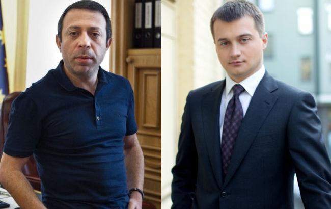 """День виборів на 205 окрузі: """"Roshen"""" проти """"Привату"""""""