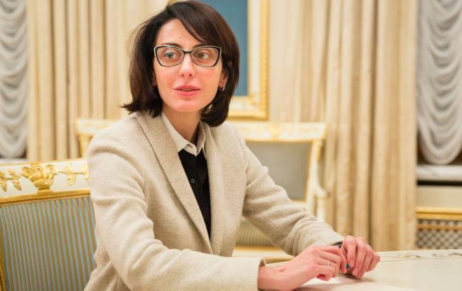 Фото: Деканоїдзе заявила про відсутність серйозних провокацій на хресній ході