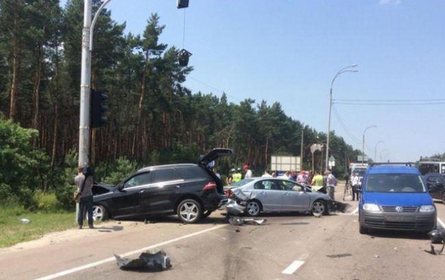 Фото: онук українського генерала насмерть збив водія скутера (ТСН)