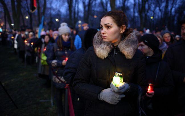 Фото: почтение памяти жертв Голодомора в Киеве (РБК-Украина)