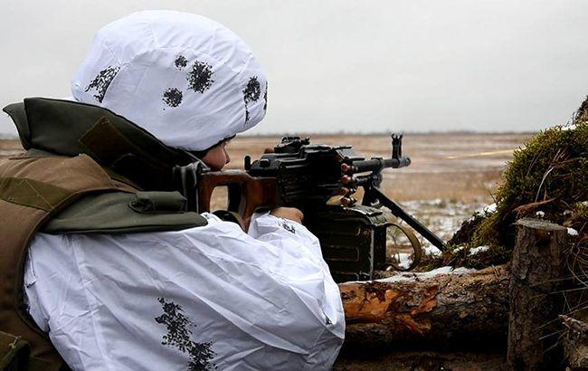 Боевики 20 минут обстреливали позиции ООС возле Песков