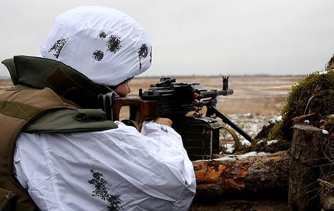 На Донбасі бойовики обстріляли позиції ЗСУ, - штаб