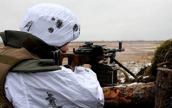 Боевики на Донбассе продолжают нарушать мирные договоренности, - штаб АТО