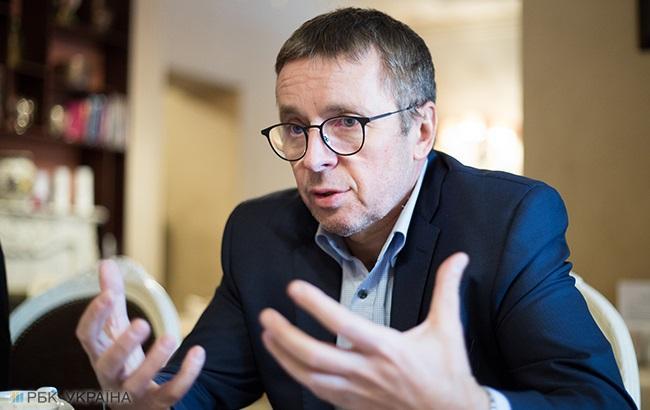 Україні необхідно збільшити інвестиції на 10 млрд доларів на рік, - Міклош