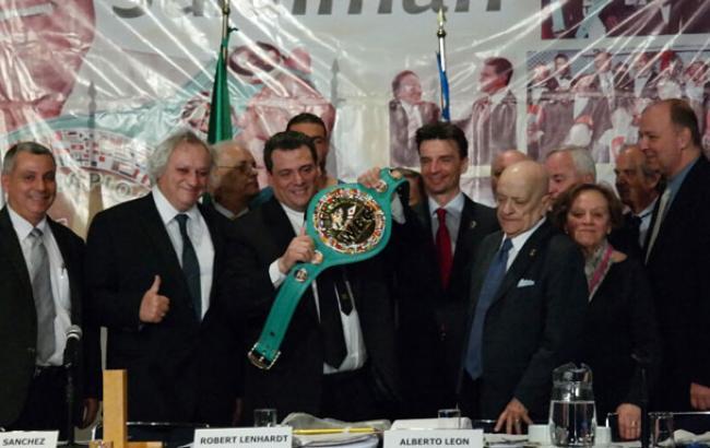 Президент WBC підтримує об'єднавчий бій Кличко