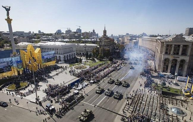 Парад заставил гордиться нашей армией и отдать должное президенту – блогер  (19.99 30) b20ec6641f8