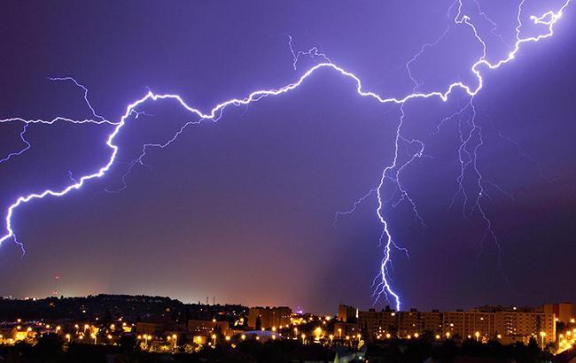 """""""Будет парить"""": синоптик дала прогноз погоды на ближайшие сутки"""
