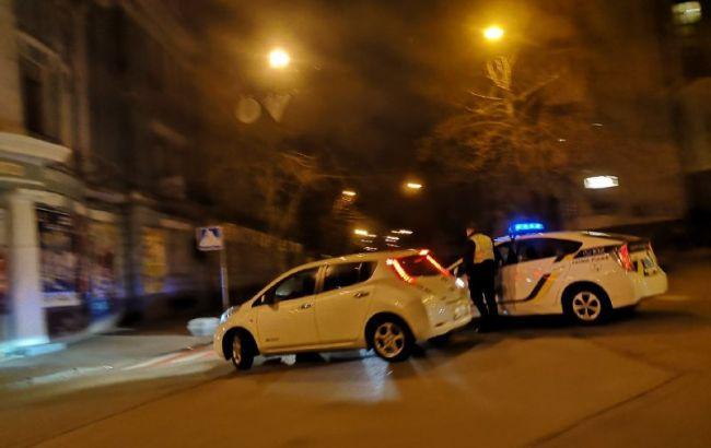 Полиция перекрыла улицы вокруг Администрации президента