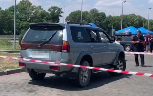 Поліція затримала чоловіка, який розстріляв позашляховик на трасі Київ-Одеса