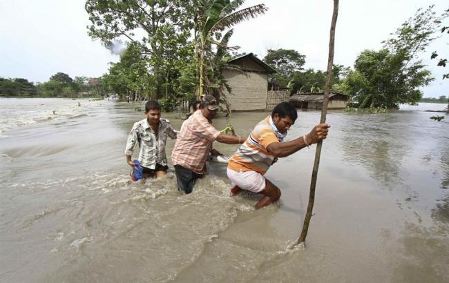 Фото: повінь в Індії