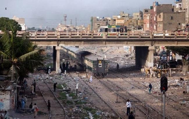 Фото: столкновение в Пакистане
