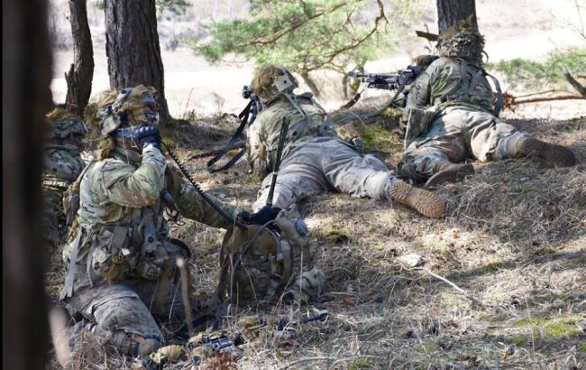 """У Баварії оголосили набір російськомовної масовки """"для навчань НАТО"""""""