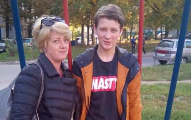 В Харькове мужчина избил подростка с инвалидностью спецсредствами