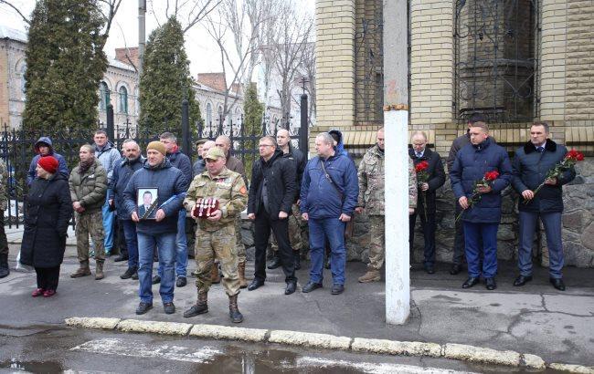 У Кременчуці провели в останню путь майора ВСУ - учасника АТО (фото)