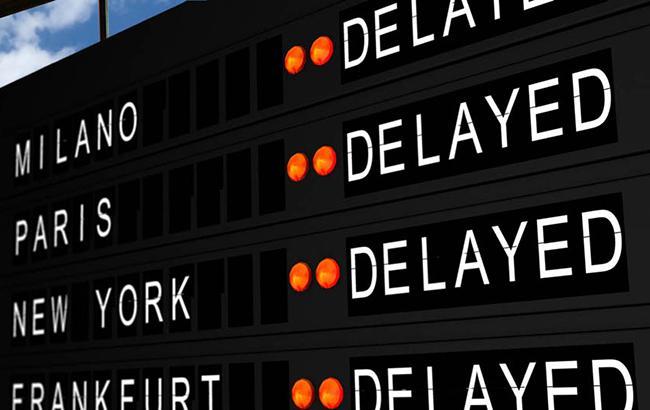 Из-за забастовки авиадиспетчеров вИталии отменено неменее 700 рейсов