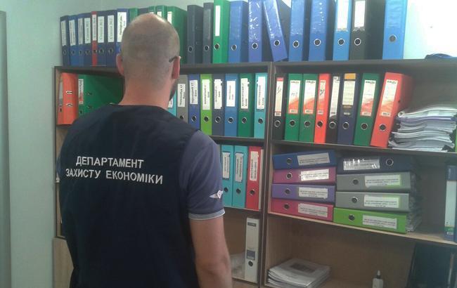 Фото: обшуки (chk.gp.gov.ua)