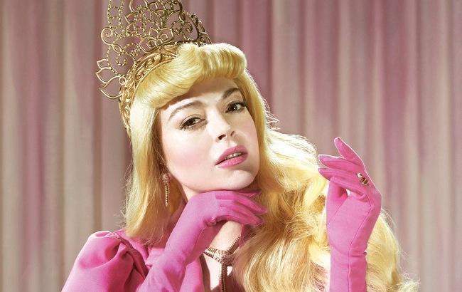 Линдси Лохан примерила образы диснеевских принцесс: яркие фото