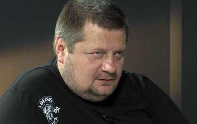 Голова міліції Донецької обл. користується автомобілем, який є речовим доказом, - нардеп