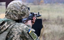 """Бойовики дев'ять разів порушили """"тишу"""" на Донбасі, втрат немає"""