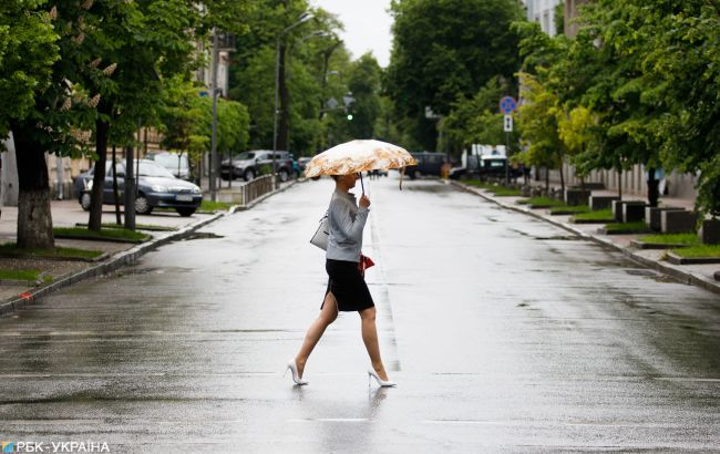 В Киеве объявили штормовое предупреждение в ближайший час