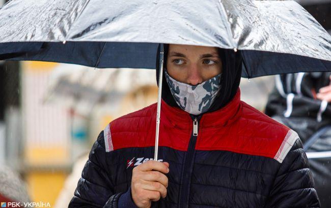 Холодно и дожди: каким областям с погодой совершенно не повезет