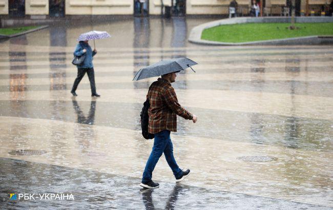 Штормовое предупреждение: где будет ливень