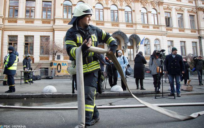 Пожар в доме на Позняках потушили