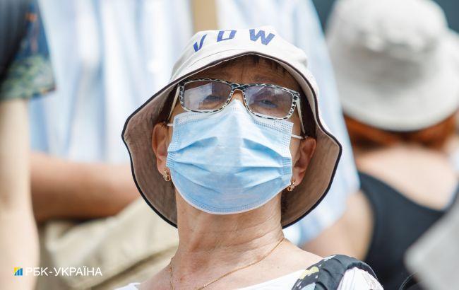 Коронавірус в Україні: новий пік захворюваності може бути за 2-3 тижні
