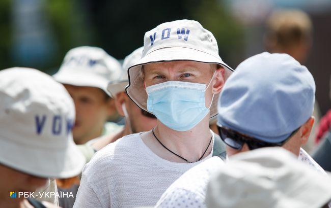 Резкий рост: в Украине 2032 новых случая коронавируса