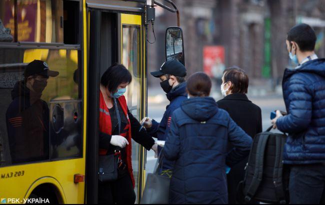 На Днепре ограничены транспортные работы на Пасху