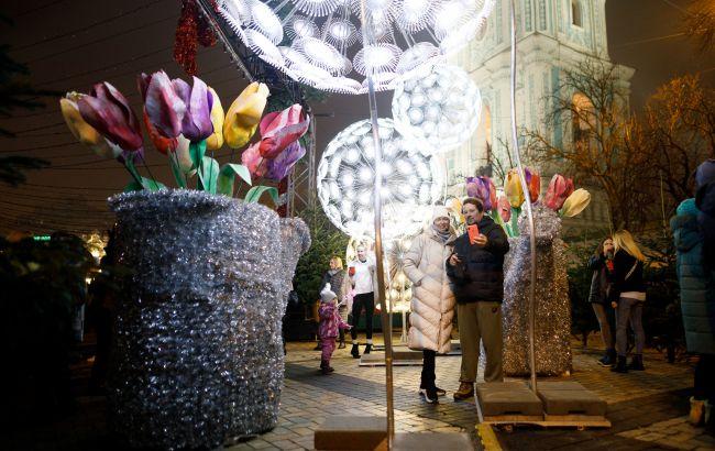 В атмосфере праздника: сколько стоят развлечения на главных зимних локациях Киева