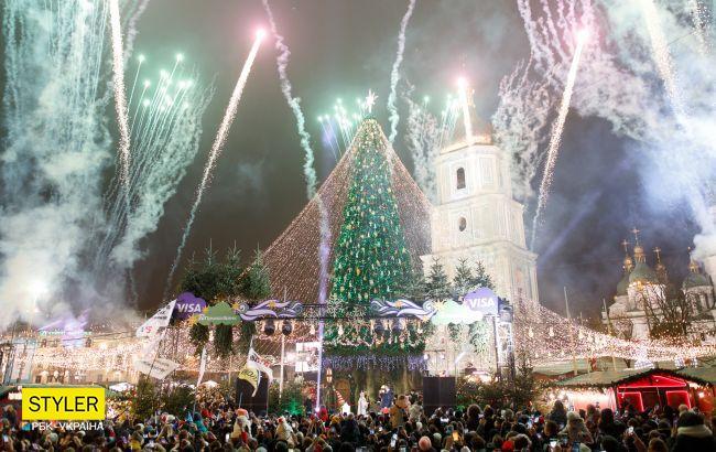 Скандальна київська ялинка - у топі кращих в Європі: фото усіх новорічних красунь