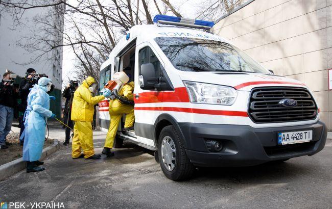 В Кировоградской обл. от коронавируса умерла женщина сразу после госпитализации