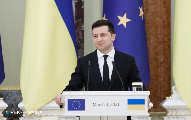 Зеленський ввів у дію рішення РНБО про подвійне громадянство