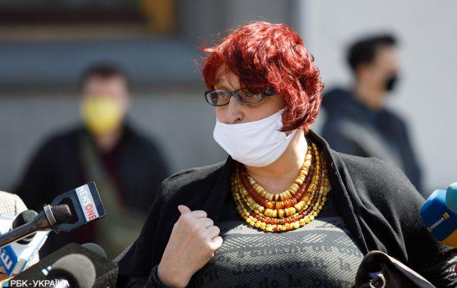Нардеп Третьякова снова оконфузилась: ее пресс-секретарь закрывала рот журналистке