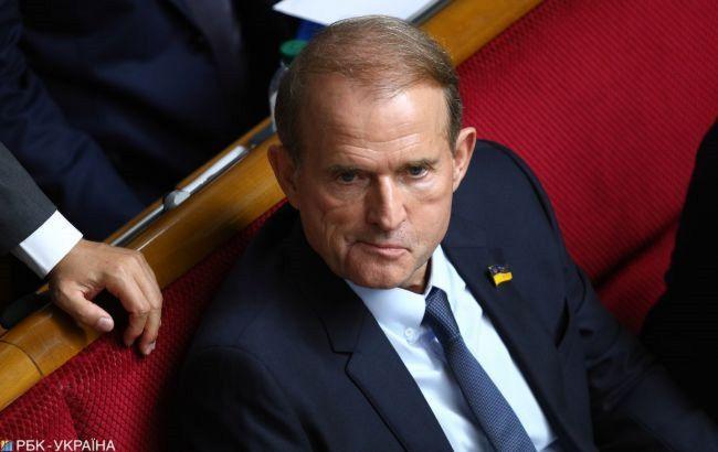 Медведчук заявил, что находится в Украине и не собирается прятаться